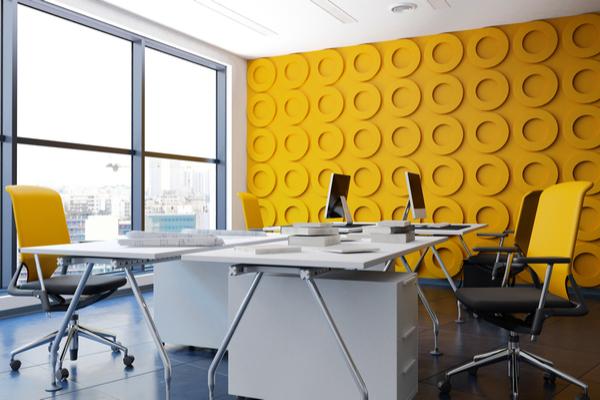 kontor gul vägg