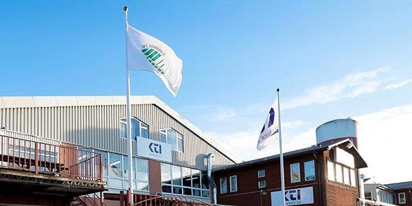 KTI AB fasad med flagga